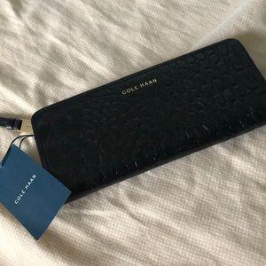 Colehaan Leather Slim Isabella II Wallet